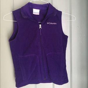 Polar fleece vest purple. Size 7/9 Columbia